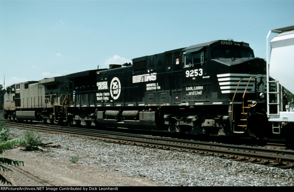 NS 9253