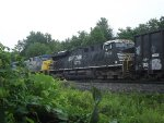 NS GEVO trails on CSX Q351