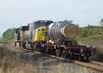 CSX Q633 with a load from Japan