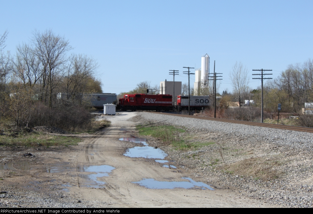 SOO 4418 trails on the Watertown local