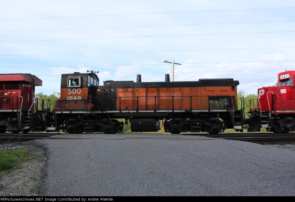 Bandit switcher SOO 1546 on a road freight