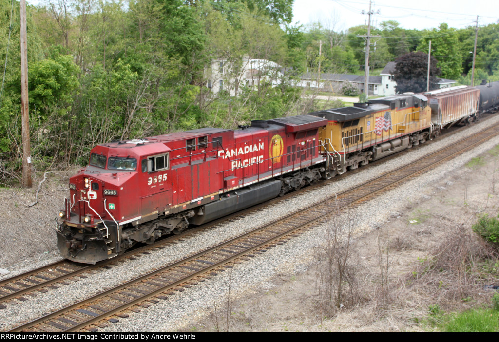 CP 9665 has help from an Armour Yellow cousin on this WB ethanol