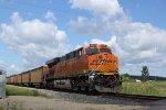 BNSF 6397 is the DPU on 811