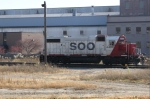 SOO 4405 has uncoupled from its train and prepares to run back into the yard