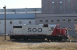 SOO 4405 rolls into the west end of Muskego Yard