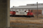 SOO 4405 continues to shove into the yard