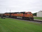 BNSF 8979 and 5737