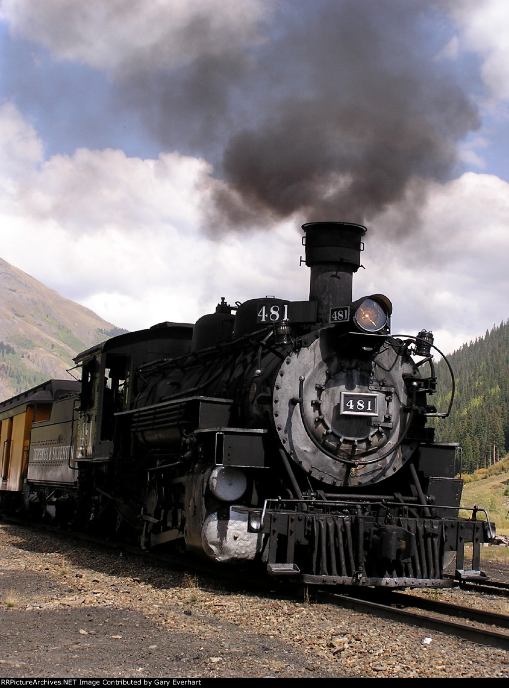 DSNG 2-8-2 481 steaming up