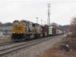 CSX 4578 & 9019 lead Q335-22 away from Seymour on a damp March day