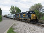 CSX 2680 & 6116 lead D707 through Sunnyside with 11 cars in tow