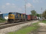 CSX 4582 & 4587 roll through the east side of town with Q335-22