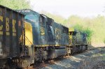 Side view of CSX 655 and 4541