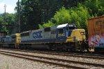 CSX 8542 on Q300-07
