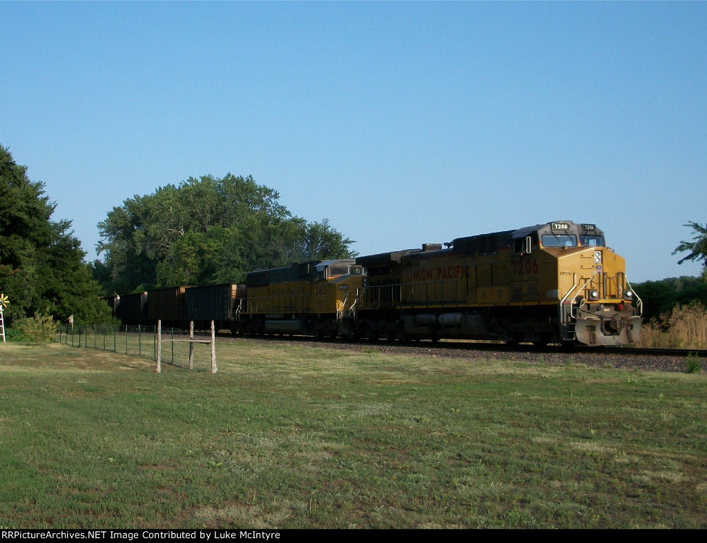 UP 7206 westbound UP empty coal train