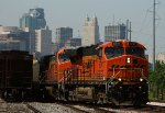 BNSF 6247 and the KC Skyline
