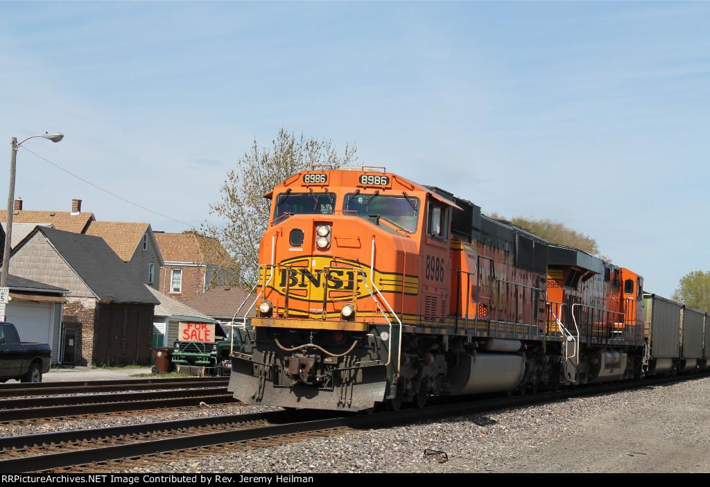 BNSF 8986 & 6295