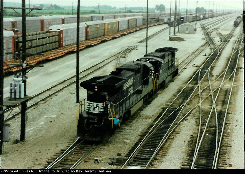 NS 8673 & 8573