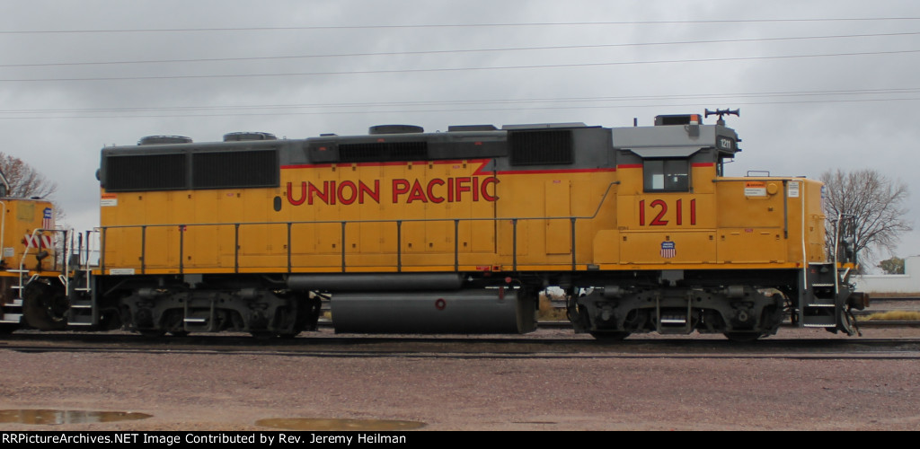 UP 1211 (1)