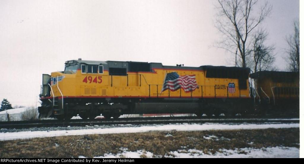UP 4945 (1)