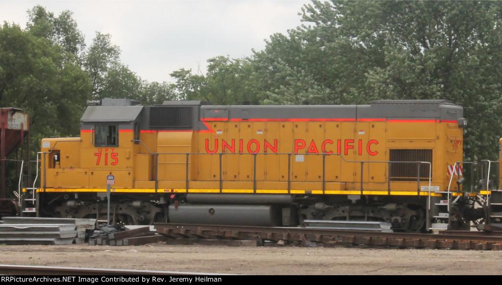 UPY 715 (1)