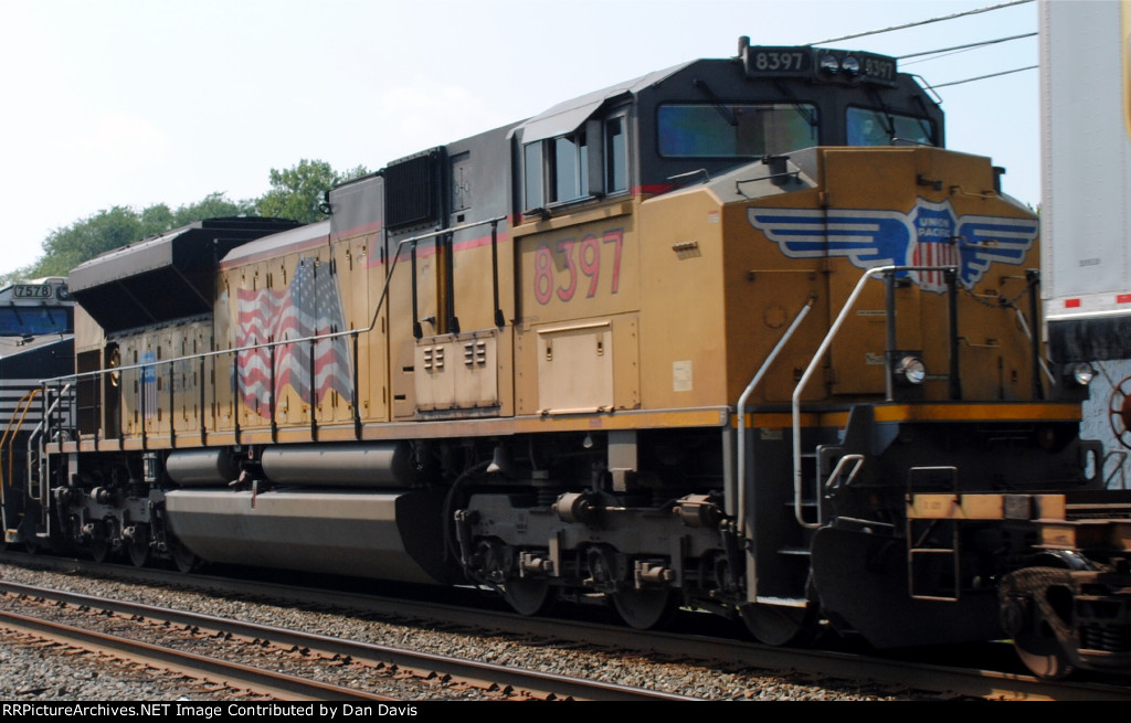 UP 8397 SD70ACe on 211