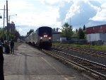 AMTK 10 Pulls into Eugene Station