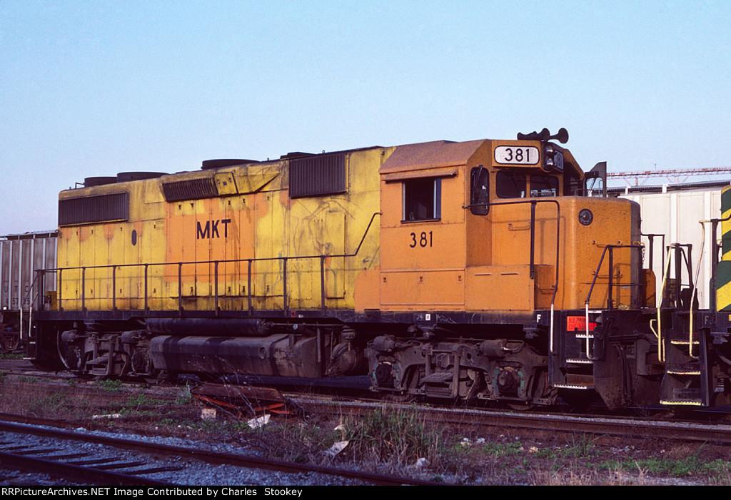MKT 381