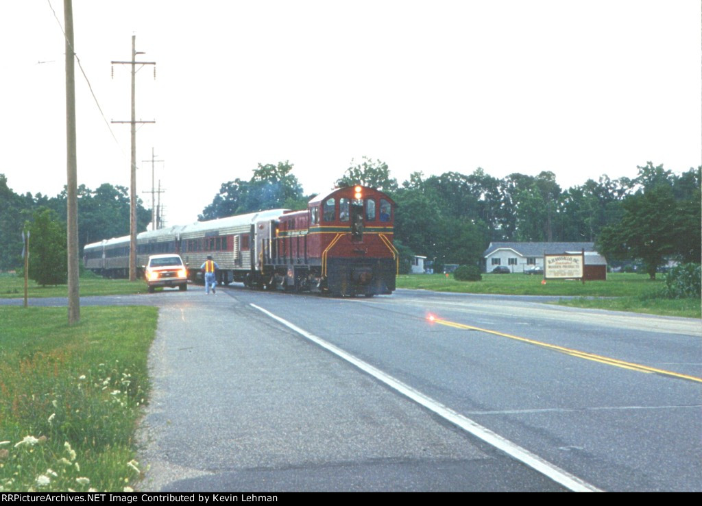 DCLR 19 with a Saturday Dinner Train