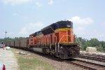 BNSF 9336 in DPU service