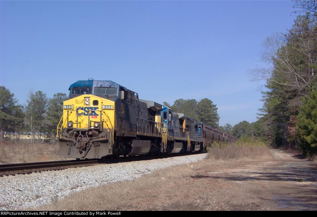 CSX 353 on Q647-01