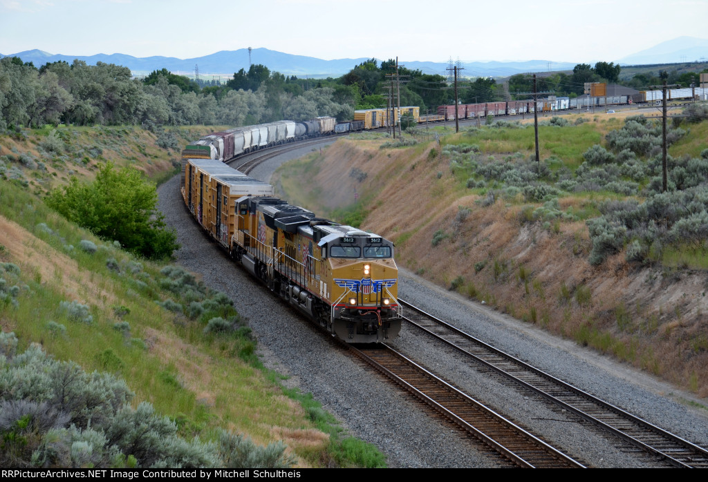 UP #5612 Leading A Eastbound Mixed Freight