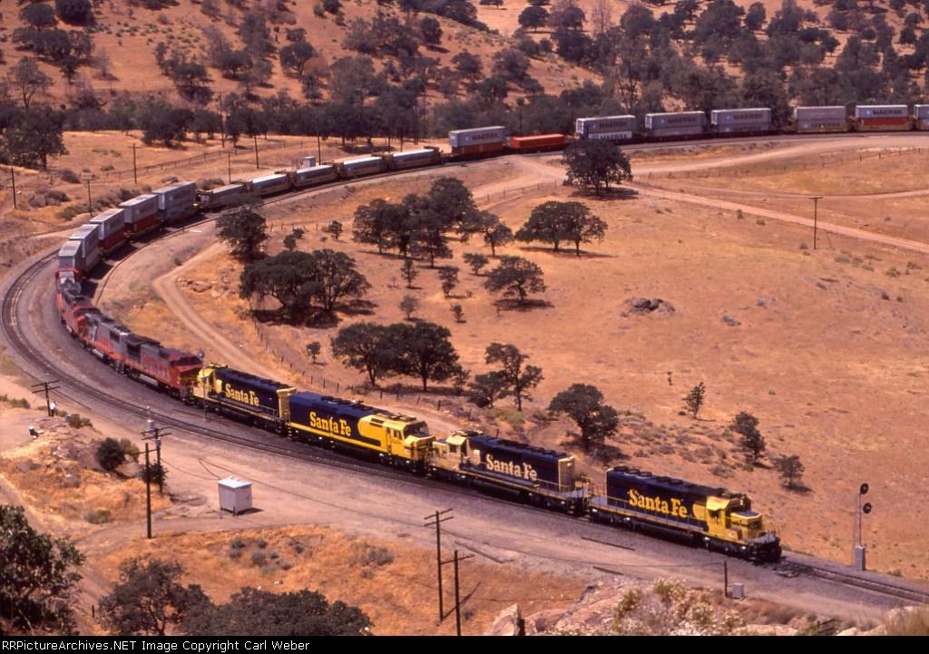 (7) ATSF 5105 east