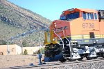 Zoom in shot of BNSF 6736 A Very Brand New ES44C4 as she passes me by heading Westbound towards BNSF Needles Depot for a crew change.