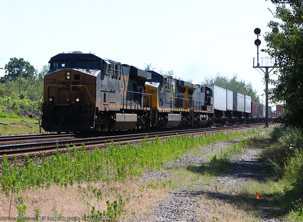 Eastbound TOFC at CP 58.