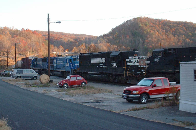 NS Train 112-03