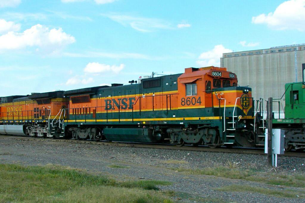 BNSF 8604
