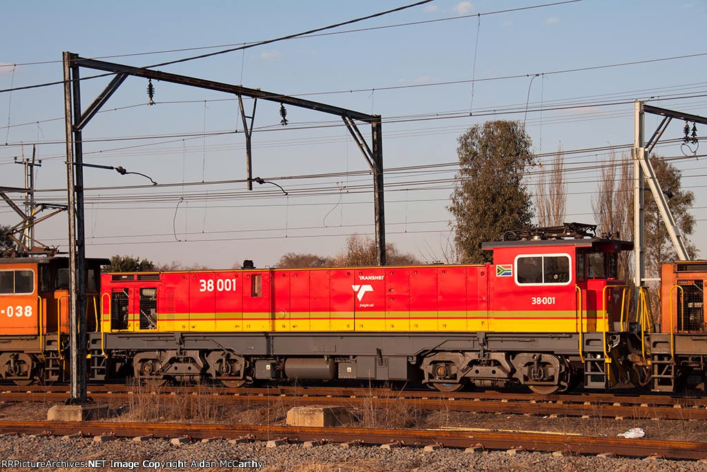 Class 38-001 in new TFR livery