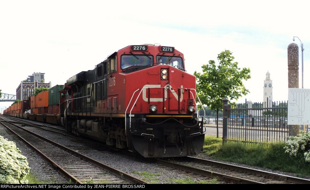CN 2276 in MTL Harbor