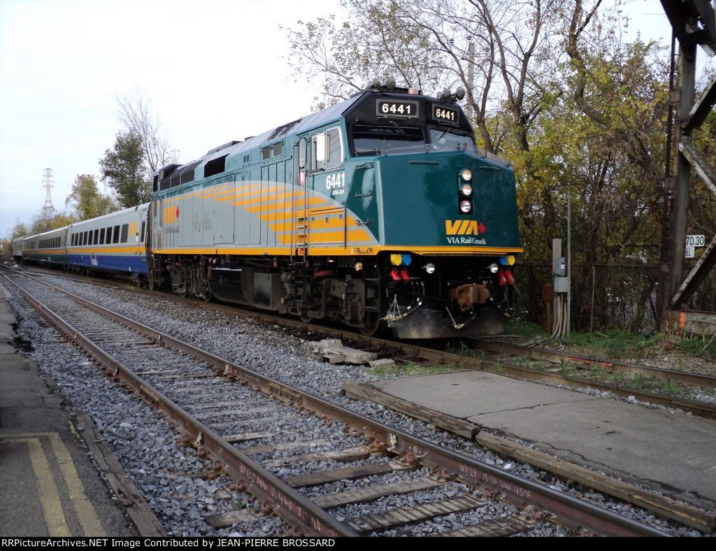 Via 6441 on rte to Québec