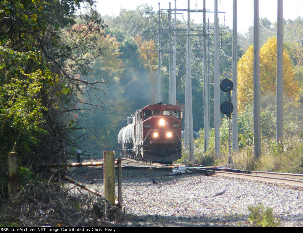 CSX K683 with CN 2437 and a BCOL C40-8M trailing!