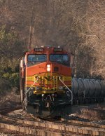 CSX K654 has BNSF power on the River Line!