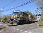 ICE 6434 lead K634 in Norwood!
