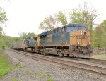 CSX 5486 leads Q439 in Nyack!