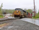 CSX 856 leads Q418 in Valley Cottage!