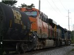 a better view of BNSF 7352!