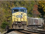 CSX 7707 sits in emergency with Q268