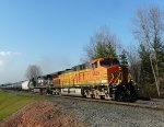 BNSF 5625 and NS 9868 lead K418 in Blauvelt!