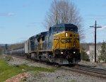 CSX C40-8W 7777 leads K408-01 in Blauvelt!
