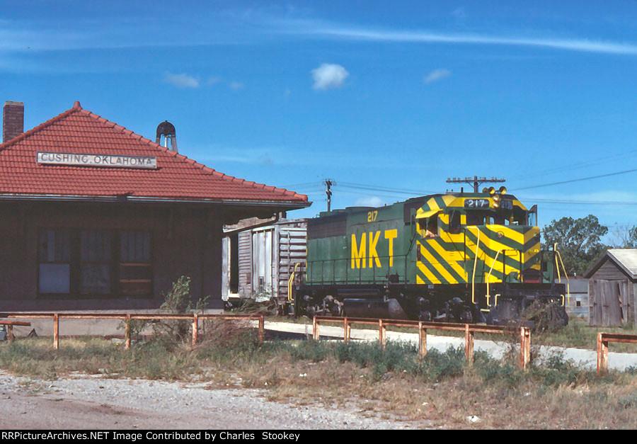 MKT 217 arriving