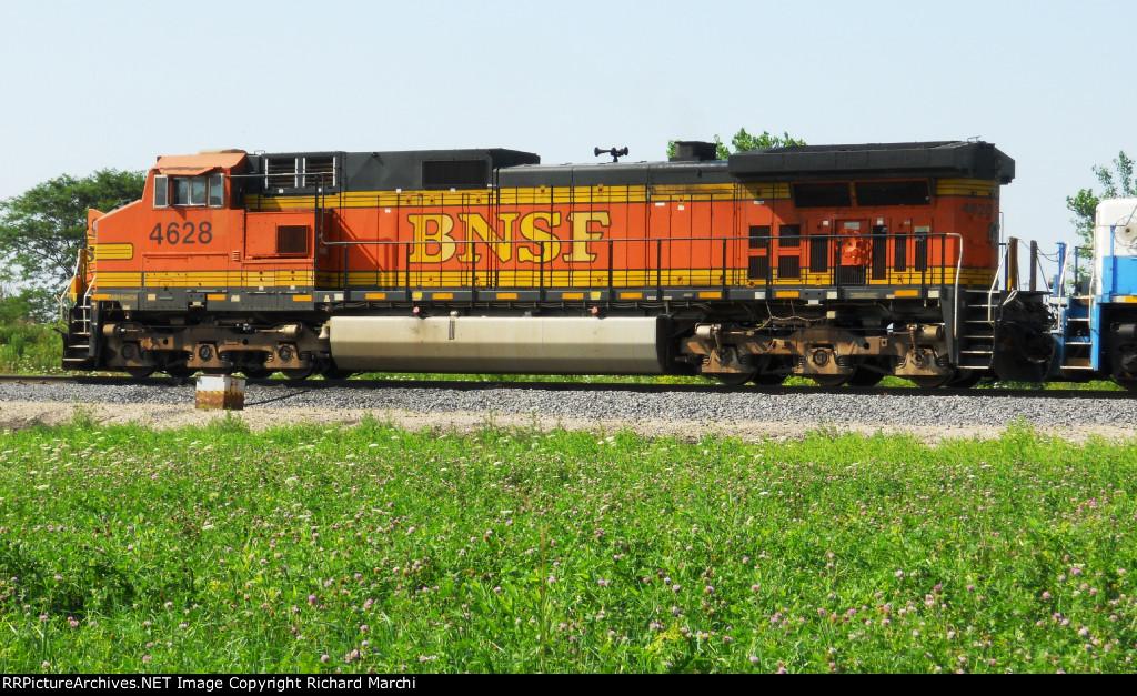 BNSF 4628